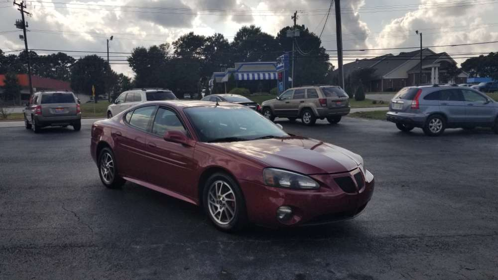 Pontiac Grand prix 2004 Red
