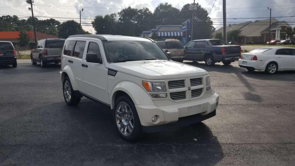 Dodge Nitro 2010 White