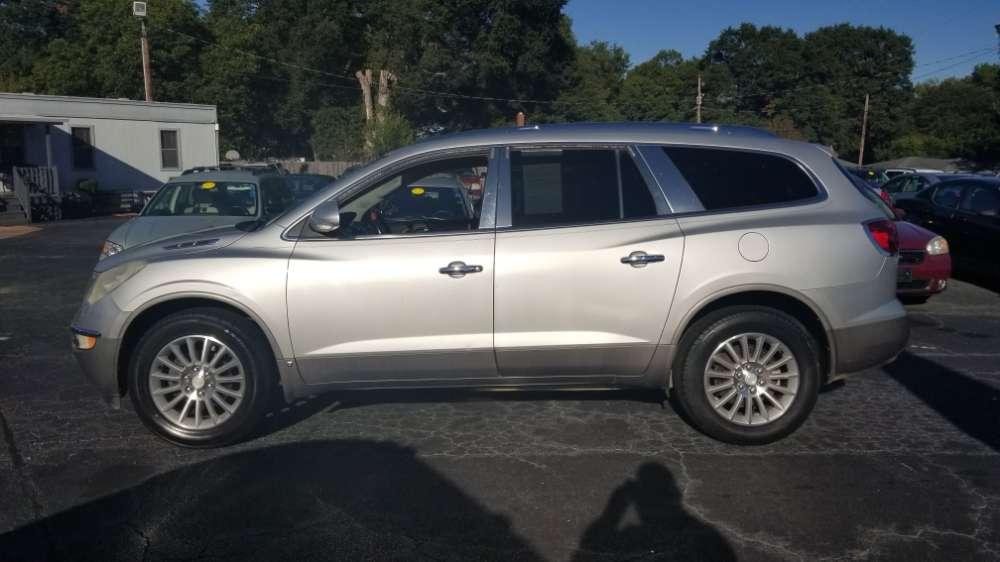 Buick Enclave 2009 Silver
