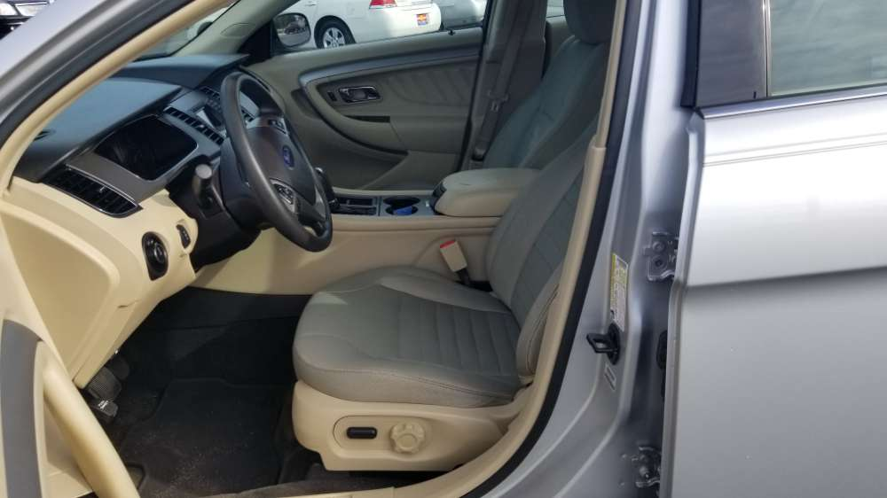 Ford Taurus 2015 Silver