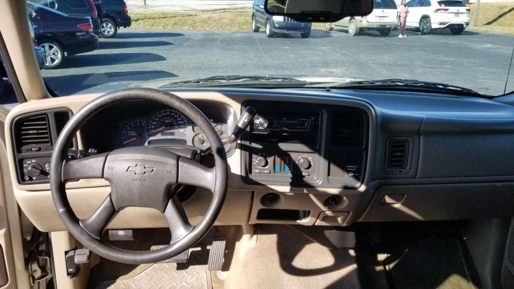 Chevrolet  2003 Silver
