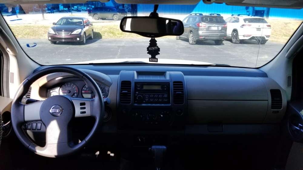 Nissan Xterra 2005 White