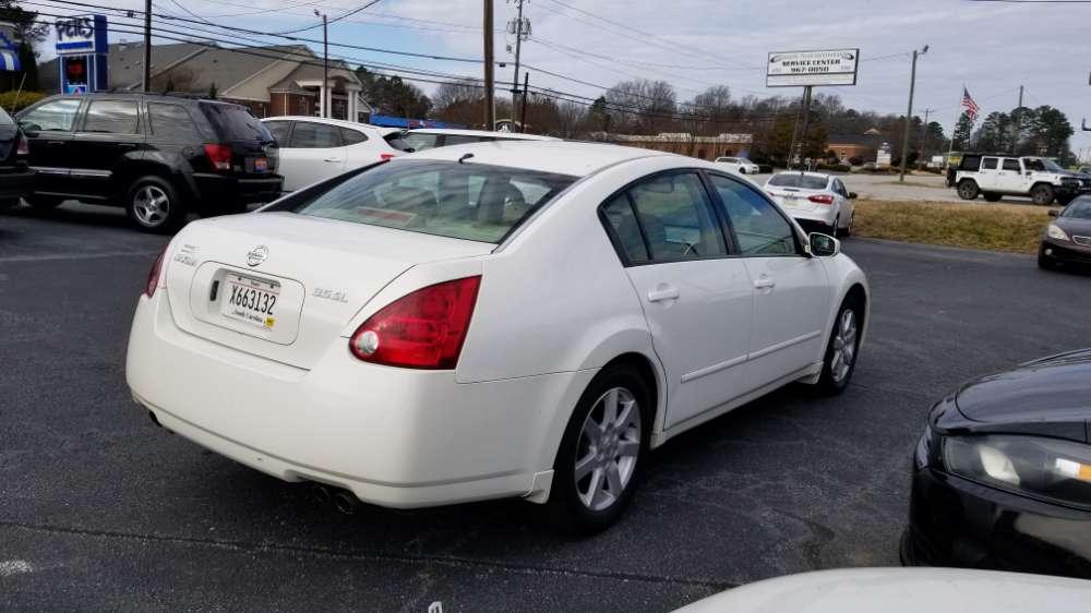 Nissan Maxima 2006 White