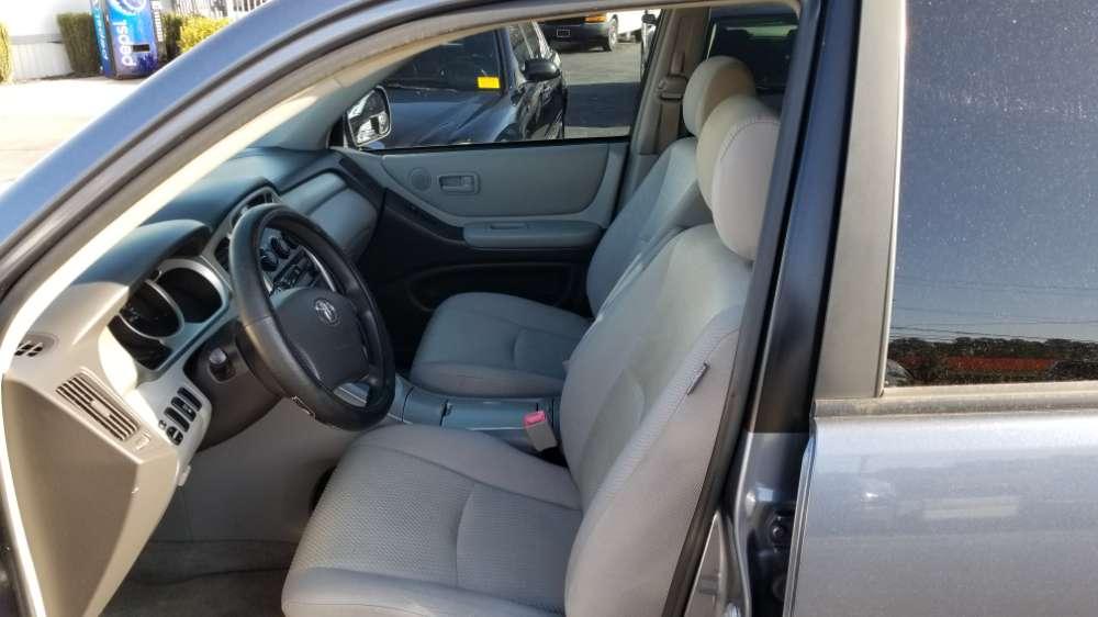 Toyota Highlander 2006 Blue