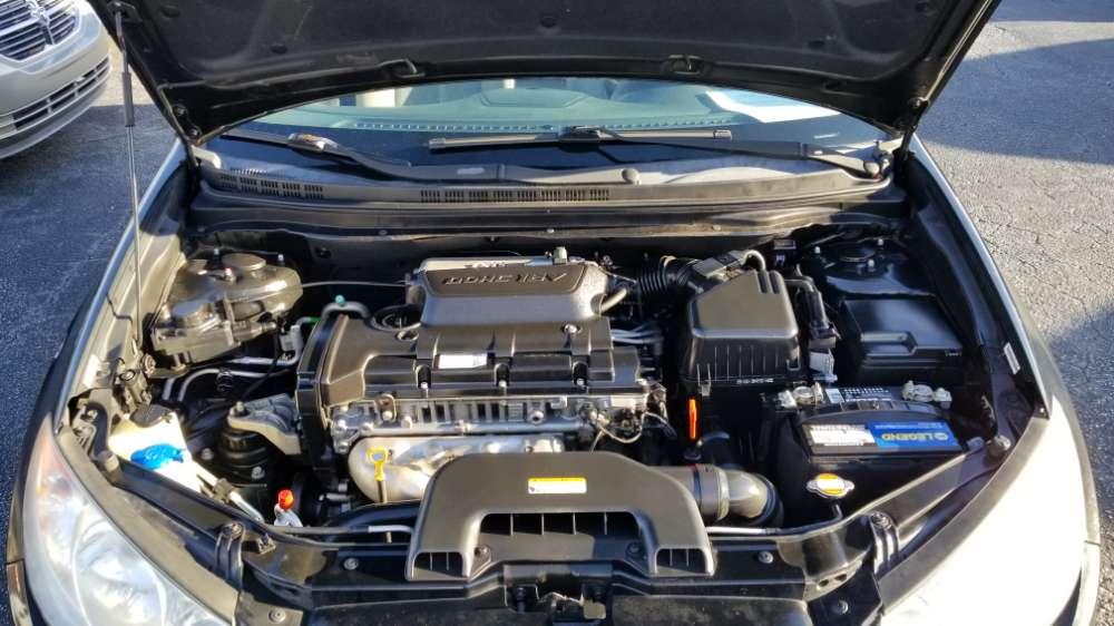 Hyundai Elantra 2010 Black