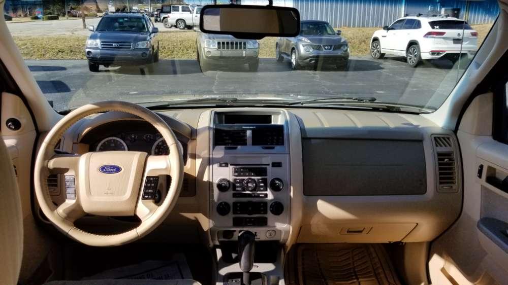 Ford Escape 2011 Gold