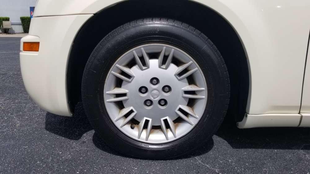Chrysler 300, 300C, 300M 2005 Tan