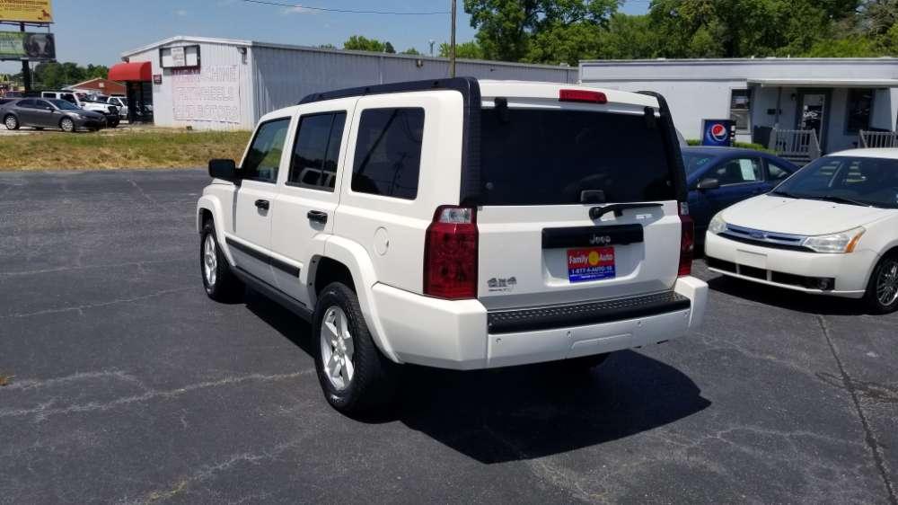 Jeep Commander 2006 White