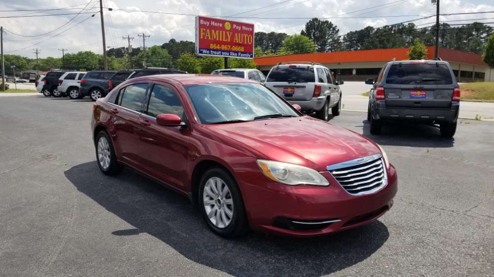 Chrysler 200 2011 Red