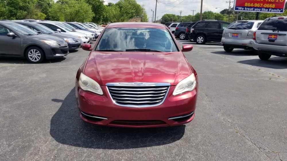 Chrysler 200 2011 Red