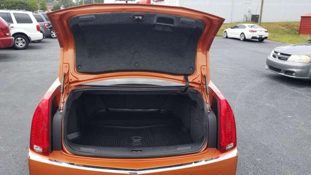 Cadillac CTS 2008 Orange