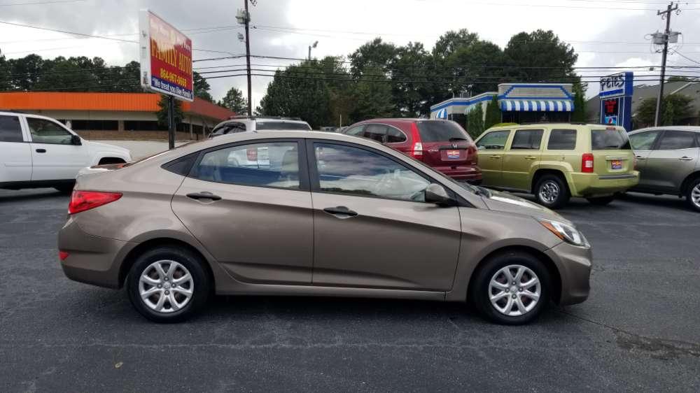 Hyundai Accent 2012 Brown